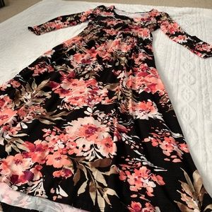 Entro brand size large floral maxi dress